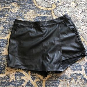 Flawless faux leather skort